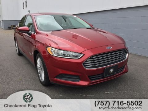 Pre-Owned 2016 Ford Fusion Hybrid S